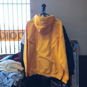 Sweaters - Trapstar Hoodie - Mustard